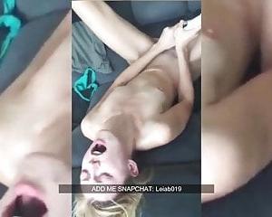 amateur junge masturbieren auf dem bett