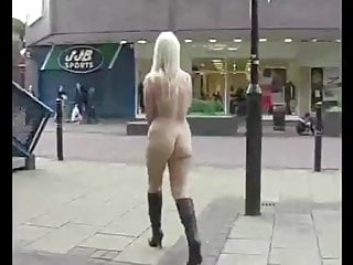 Michelle from England walks the shops naked